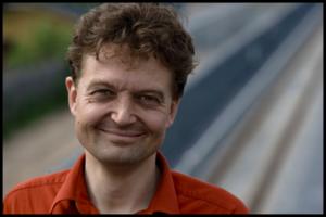 Dan Hirslunds portrætfoto af Martin Einfeldt.